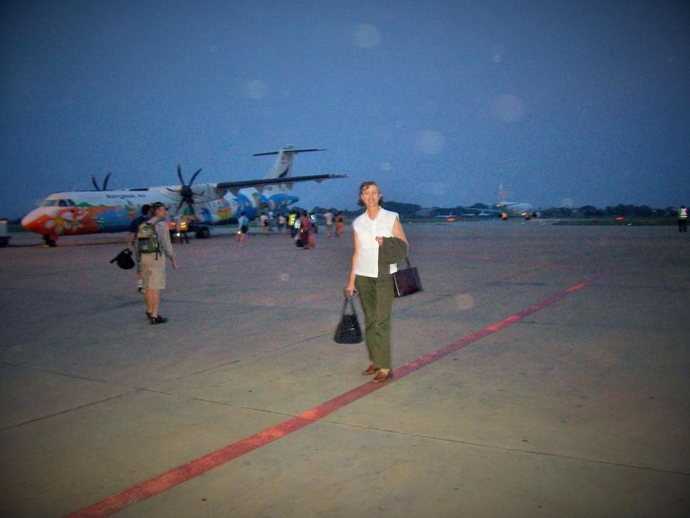 Phnom Phen Transit Apr08 (2)